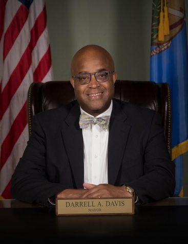 Edmonds new mayor, Darrell Davis